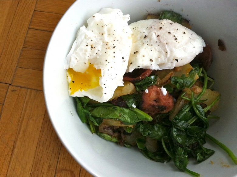 poached eggs with apple sausage hash
