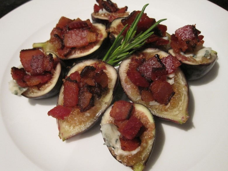 bacon and roquefort stuffed black mission figs