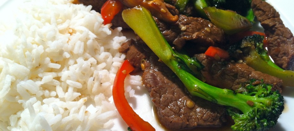 steak stir fry with peppers and broccoli